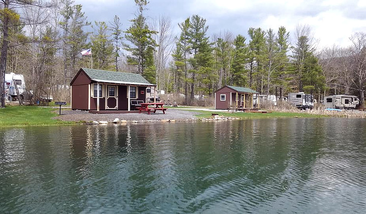 Lakeside Cabins
